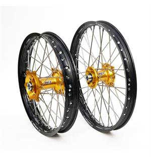 REX 19x1,85 Suzuki Bakhjul - 25mm aksel RMZ 250, 07->  Sort Ring, Gull Nav